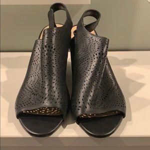 Clark's Women's Raven Dawn Wedge Sandal size 12